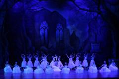 Премьера трёх балетов «Шахерезада», «Шопениана», «Половецкие пляски» в ГАБТ им. А. Навои